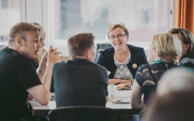 Työpaikkailmoitus: Etsimme Senior Business Advisoreita